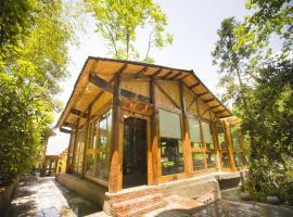 ZhangJiaJie Treehouse Inn, Zhangjiajie (Sangzhi yakınında)