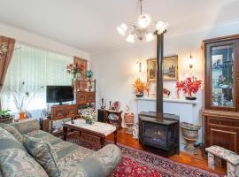 Stunning Cozy Home, Melbourne (Moonee Ponds yakınında)