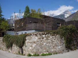 Sunny Villa