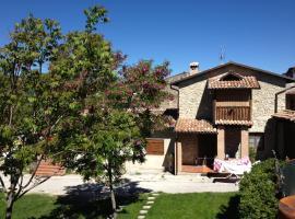 Il Fienile, Barete (Montereale yakınında)