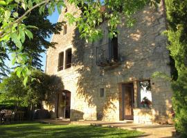 Le Clos St. Julien, Cénac-et-Saint-Julien (Near La Roque-Gageac)