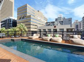 Triangle Luxury Suites by Totalstay