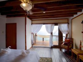 The Sea Cliff Hotel Resort & Spa, Port Antonio (Flat Grass yakınında)
