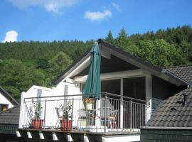 Ferienwohnungen Schoor, Monreal (Düngenheim yakınında)