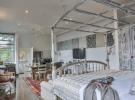 55TG Boutique Suites