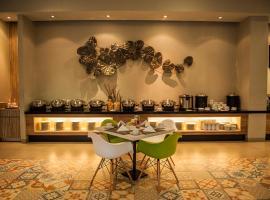 6 Hotel Terbaik Dekat Monumen Yos Sudarso Surabaya Indonesia
