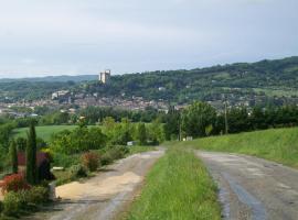 C'est bo-nard, Крест (рядом с городом La Répara)