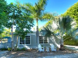Seahorse Cottages - Adults Only, Sanibel