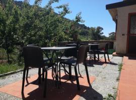 Il Piccolo Ranch, San Bartolomeo al Mare (Villa Faraldi yakınında)