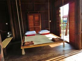 ST 63 Home Stay & Tour Kampong Khleang, Kâmpóng Khleăng (Nálægt Pursat Province)