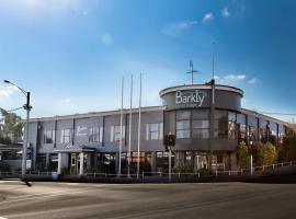 巴克利汽車旅館