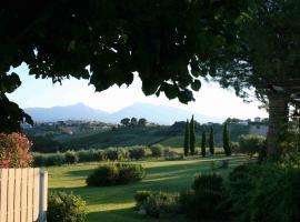 Agriturismo Villa Fiore, Torano Nuovo (Nereto yakınında)