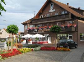 Hotel Alt-Holzhausen, Bad Pyrmont (Eschenbruch yakınında)