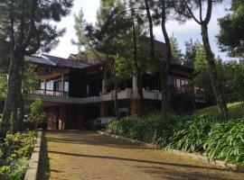 Tetirah Puncak Villa, Puncak (рядом с городом Gegarbentang)