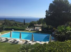 Holiday home Kratigos, Митилини (рядом с городом Apidias Lakos)