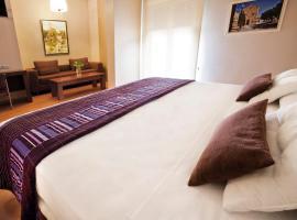 Hotel Fuente El Cura, Сакс