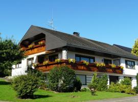 Haus Simmet, Obernheim (Oberdigisheim yakınında)