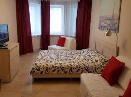 Apartment Staroderevenskaya 6-1