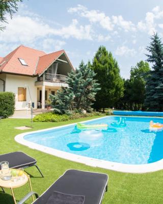 Villa Oliva - felnőttbarát szállás
