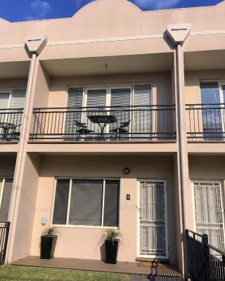 Travers Street Apartment