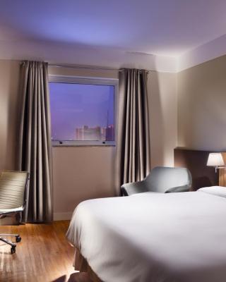 Delmond Hotel