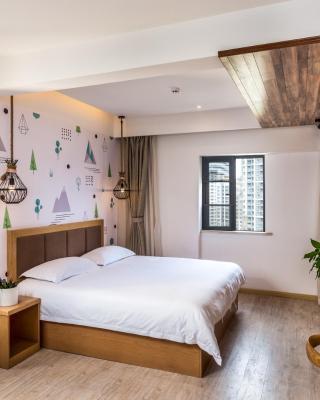 Blossom play&design hotel