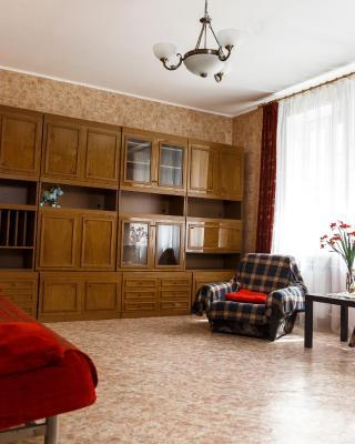 2-к квартира, 75 м², 2эт.