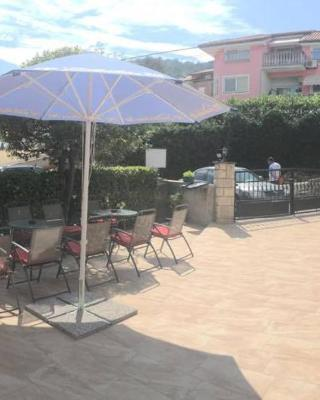 Guesthouse Villa Manda