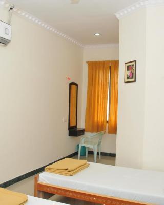Hotel Nachiappa Palace