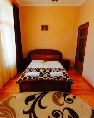 Lelis Guest House
