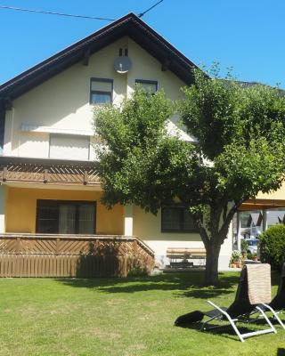 Ferienwohnung-Nassfeld-Haus Umschaden