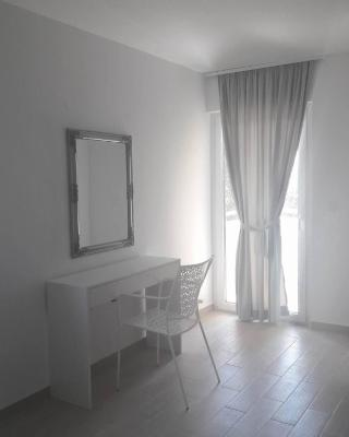 Apartments and Rooms Lux