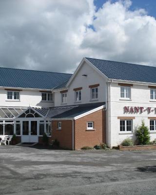 Nant-Y-Ffin Hotel