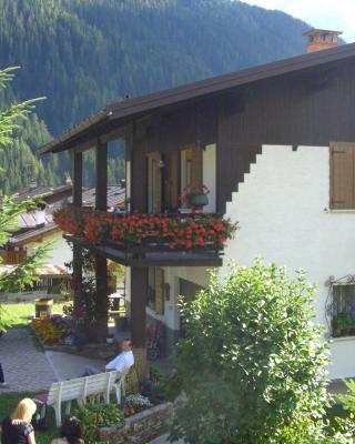Mountain Chalet Cime d'Auta Dolomiti