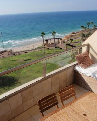 Netanya Dreams Luxury Apt.W02