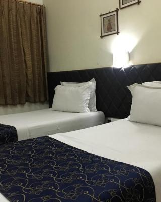 Hotel Ambassador Retreat