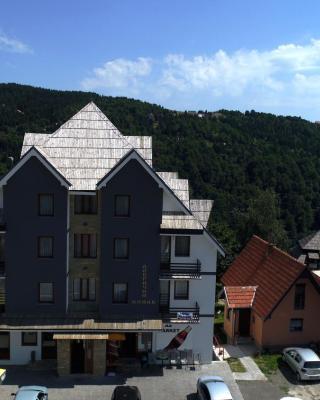 Dobricin Konak Apartments
