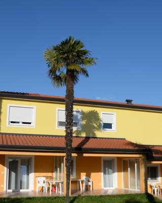 San Lorenzo Apartments
