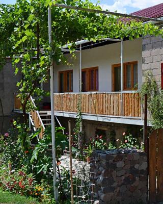 Guest House Aleksandre