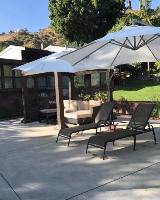 Beautiful Pool House in Burbank Hills