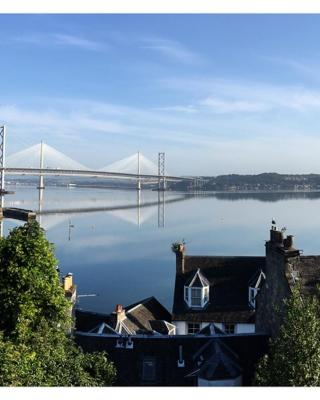 Forth Reflections Self Catering