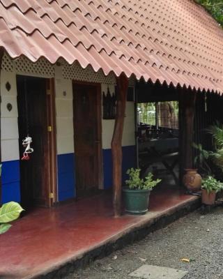 Hostal y Camping Congos