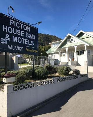 Picton House B&B and Motel