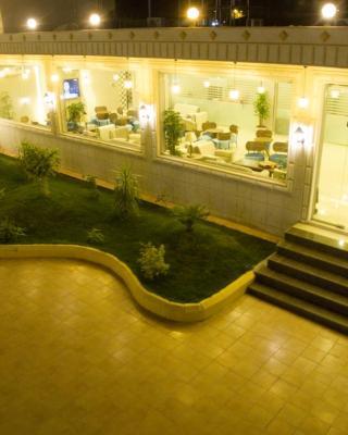 Seven Garden Resort
