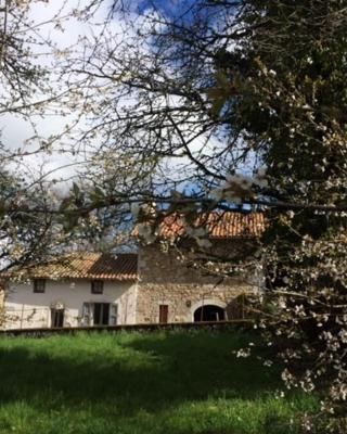La Grange du Lac de Cantalès