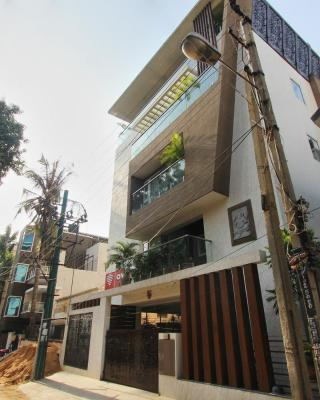 OYO 2132 Apartment Aditya Residency
