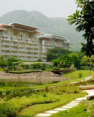 Pico de Loro - Vacation Homes