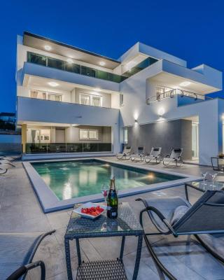 Villa Magnifica Apartments
