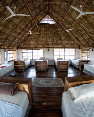 Cocorí Lodge Paredón