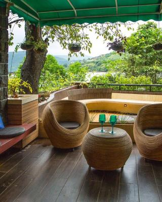 Lavasa Luxury Deck Apartment with View